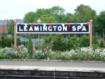 sign_and_garden_at_leamington_spa_railway_station